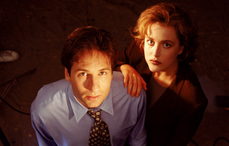 David_Duchovny_and_Gillian_Anderson_8