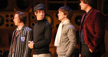 Review: Sunny Afternoon at Mayflower Theatre