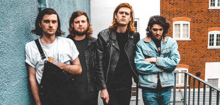 Review: The Amazons – Future Dust