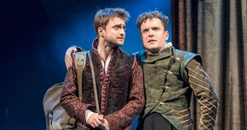 Review: Rosencrantz & Guildenstern Are Dead, National Theatre Live