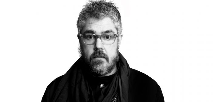 """""""All you have to do is look at things and shift the lens"""": An Interview with Phill Jupitus"""