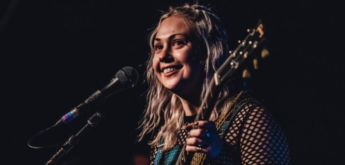 Review: Lauran Hibberd at the 1865 (04/12/2020)